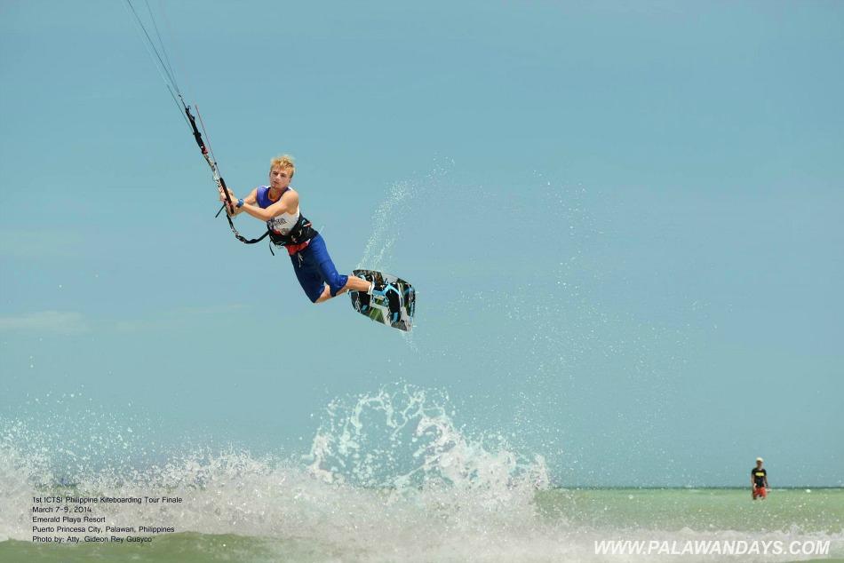 kiteboarding in puerto princesa palawan philippines