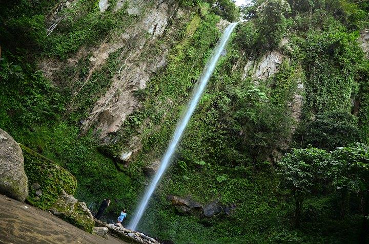 Katibawasan waterfalls