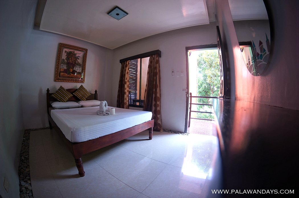 hotel-el-nido-town-room-second-floor-1050